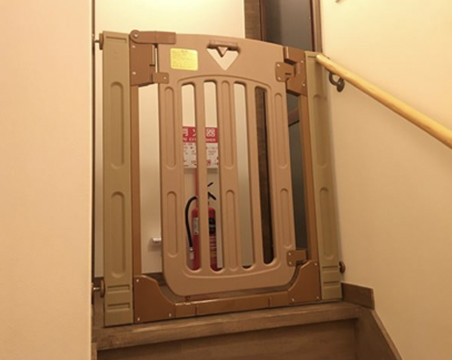 Safe gate at stair entrance