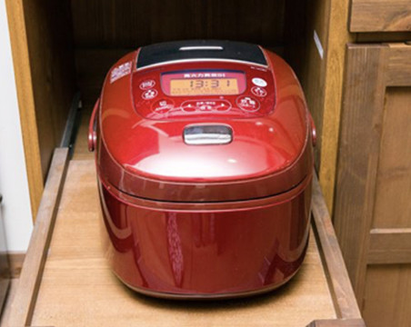 Rice cooker (for up to three cups)